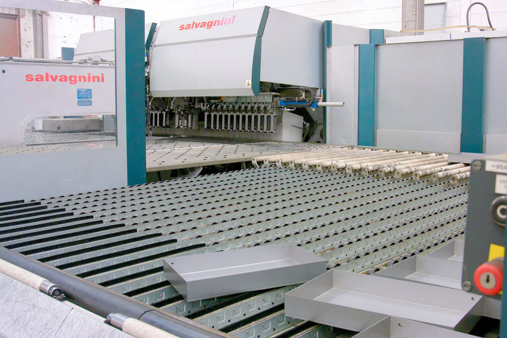 Salvignini Automatic Panel Bender