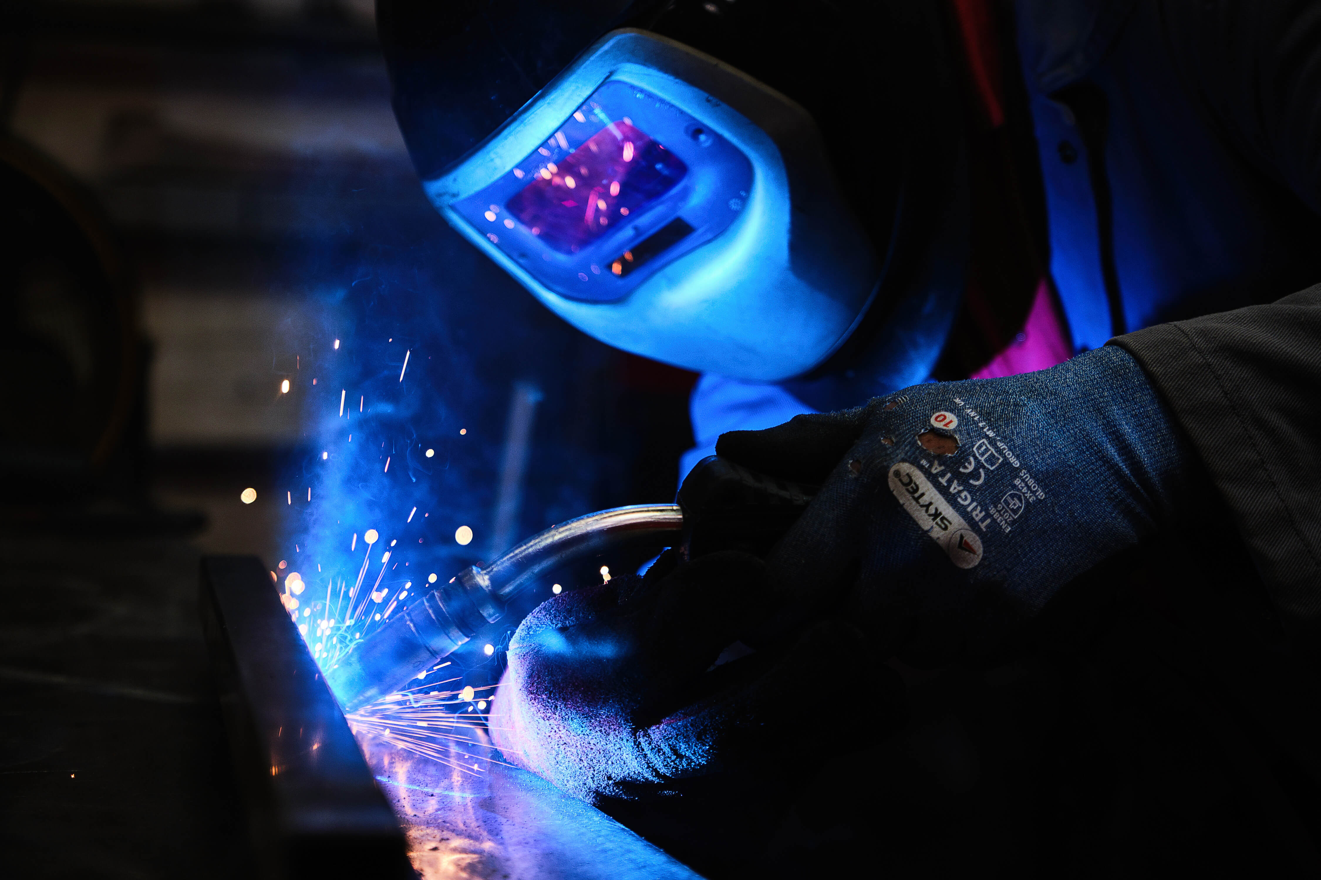Aluminium and Steel MIG Welding for bespoke metal work fabrication, UK