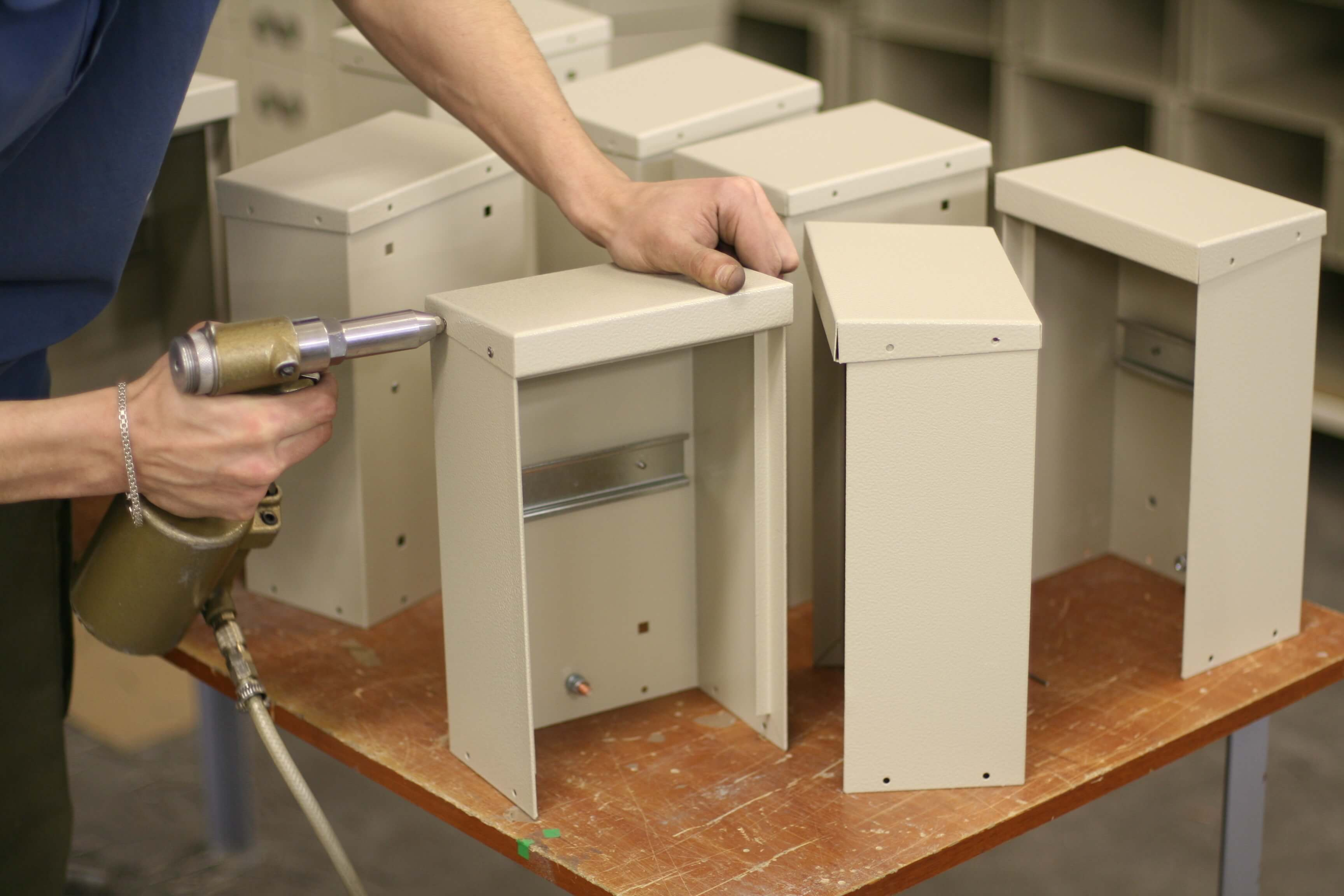 metal electrical cabinet assembling